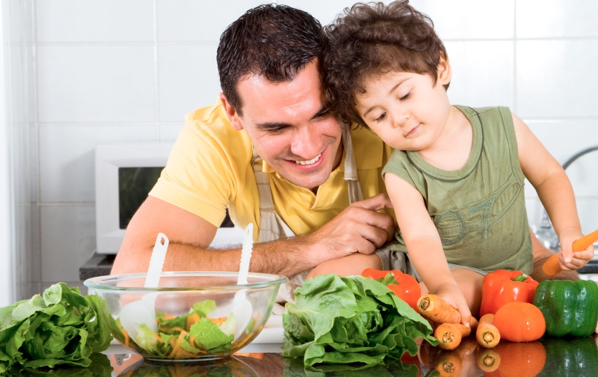 kid dad veggies lg2 Fitness Nutrition For Faster Results (Fueling your workout)